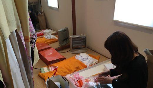 大学生の卒業式がピークを迎えています。袴の着付けとセットで毎朝賑やかです。