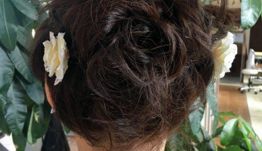 ミディアムヘアでもこんな素敵な着物用のアップスタイルが出来ました。