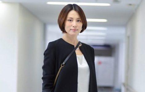 大人気!米倉涼子さんの髪型はこうだ。