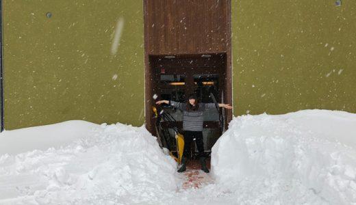 北陸地方、記録的大雪。毎日大変だけど、いろんな親切に出会ってホッコリしています。